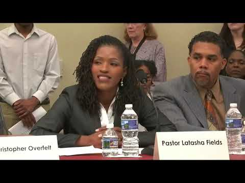 Pastor Latasha Fields vs. Rep.Ilhan Omar on Poverty - Star Parker - CURE