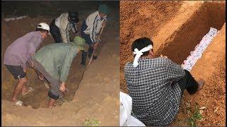 Vợ mất chôn 3 ngày trời, chồng ngày nào ra ôm mo cũng nghe tiếng trẻ em khóc mới lật nắp phát hiện