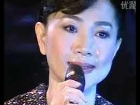 Fong Fei Fei -  Feeling So Sad (Xin Suansuan)  1977 心酸酸-鳳飛飛
