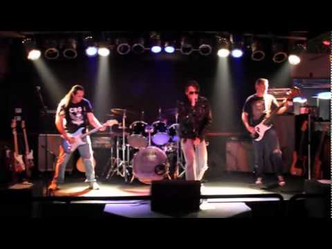 We're A Happy Family - Ramones Tribute