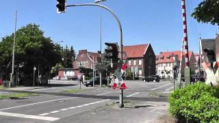 preview picture of video 'einzigartiger Bahnübergang Splieterstraße, Warendorf ++ Lichtzeichen in allen Kombinationen'