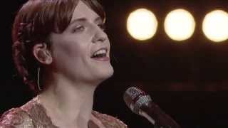 Florence + The Machine - Shake It Out - Live at the Royal Albert Hall - Video Youtube