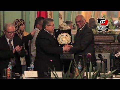 جامعة عين شمس تكرم رئيس مجلس النواب