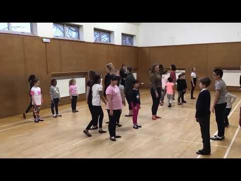 The Charlestown Chaser – RSCDS Craigiebuckler Children's Class