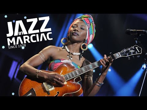 Fatoumata Diawara & Roberto Fonseca @Jazz_in_Marciac : Lundi 4 Août 2014 online metal music video by FATOUMATA DIAWARA