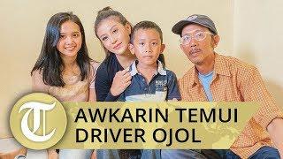 Temui Driver Ojol yang Kehilangan Motor, Awkarin Sumbang Biaya Sekolah Anak Hendar