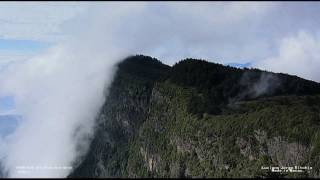 Video : China : Mount EMei 峨眉山 time-lapse