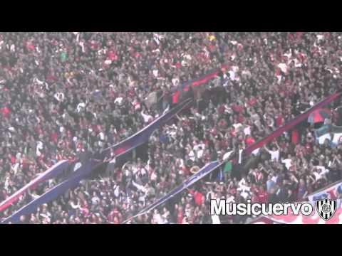 """La Gloriosa va a copar donde jugués"" Barra: La Gloriosa Butteler • Club: San Lorenzo"