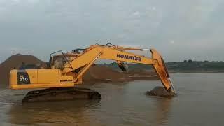 KOMATSU 210 & JCB 200 Excavator Pockelan