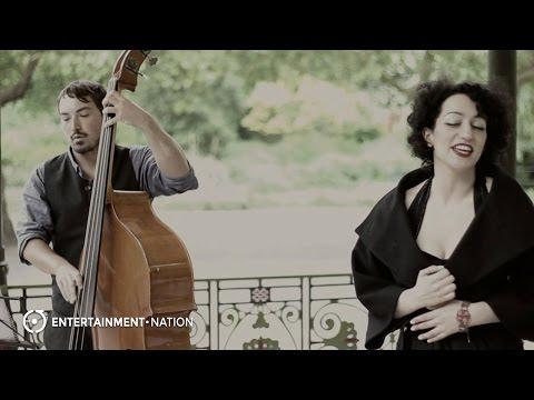 Oriana Barn Shakers Perform'Tu Vuo Fa L'Americano'