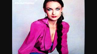 """Video thumbnail of """"Crystal Gayle   Don't It Make My Brown Eyes Blue 1977 HQ"""""""