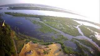 preview picture of video 'Spy Hawk volando sobre el Cerro Lambaré - Paraguay'