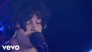 The 1975 - Sorry (Justin Bieber cover in the Live Lounge)