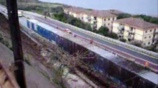preview picture of video 'MalaFranA3 - Frana Autostrada A3 a Scilla'
