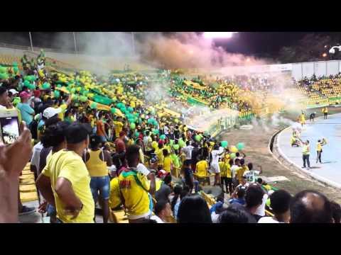 """""""Volvimos al Moron!"""" Barra: Rebelión Auriverde Norte • Club: Real Cartagena"""