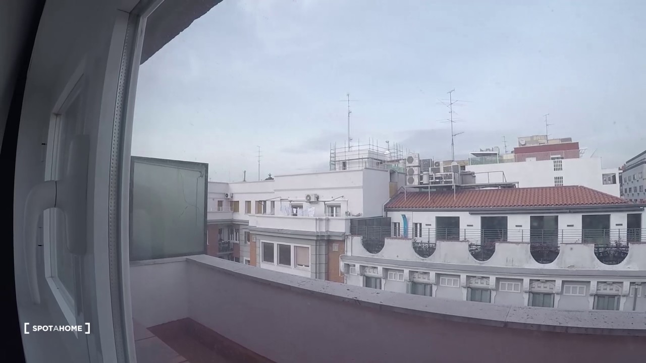 Bedroom Apartment With A Terrace For Rent In Desirable Salamanca Area