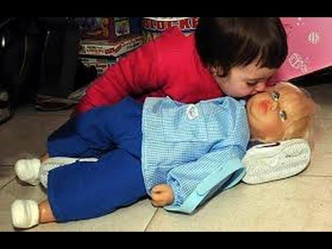 Muñeca aterroriza a niña en Argentina @OxlackCastro