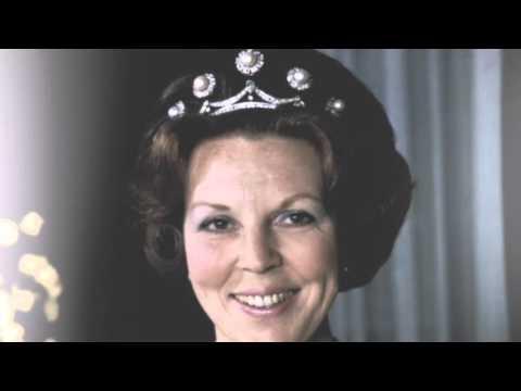 200 jaar voorgelogen monarchie