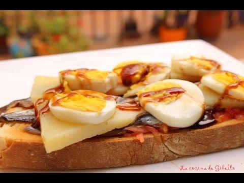 Tosta de anchoas, queso, huevos y reduccion de vinagre al Pedro Ximenez