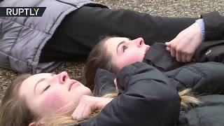 Students stage 'lie-in' outside White House demanding gun control