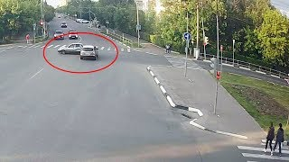 ДТП в Серпухове. Удар с резким разворотом... 10 июня 2018г.