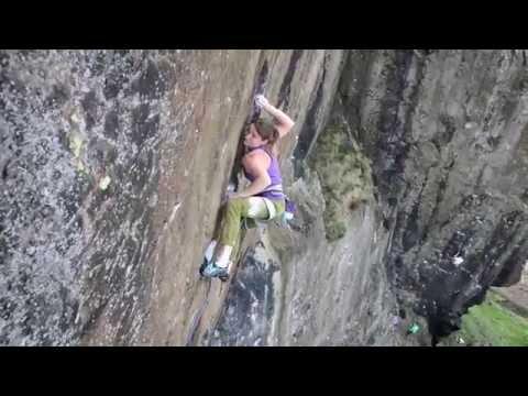 Видео: Barbara Zangerl делает повтор на Achemine E9.