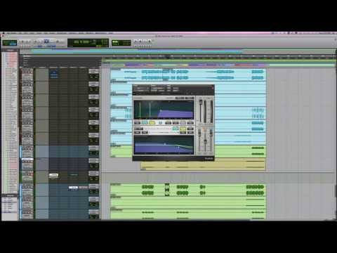 Get GIANT Synth Bass Tracks In Your Mixes – Into The Lair #76