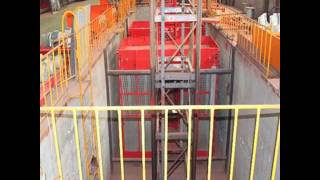 how to operate a construction hoist