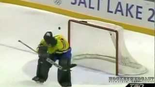 Top 10 Fails Of Goalkeepers
