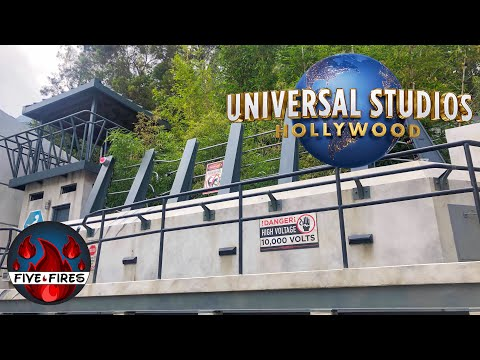 Universal Studios Hollywood Vlog | Studio Tram | Jurassic World The Ride | Merchandise Search