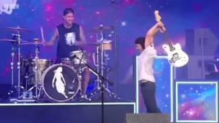 Vic Smashes His Guitar Pierce The Veil