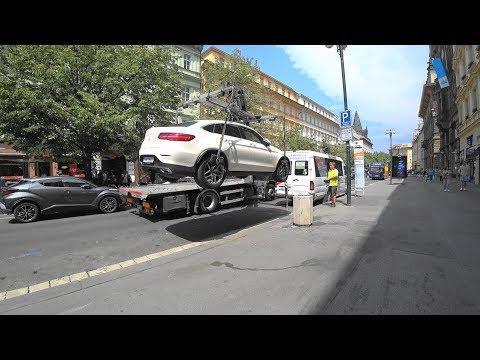 Неправильная парковка и мгновенная карма за нее в Праге