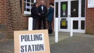 How to vote in a polling station
