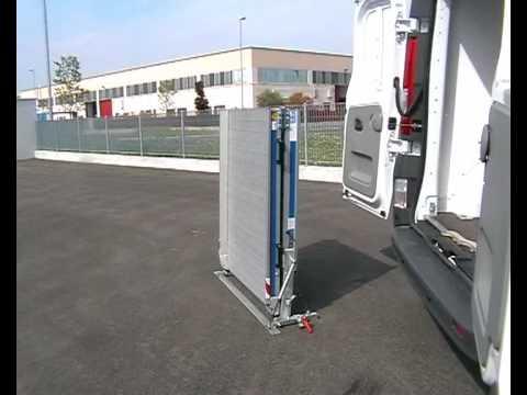 Rampas de carga y descarga para furgonetas Erke-WM System
