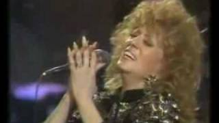 Dottie West - Patsy Cline Medley. LIVE