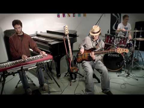 Výborný trio - Vyborny trio Clip HD 1080p barevny