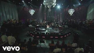 Thalía - Mujeres (En Vivo)