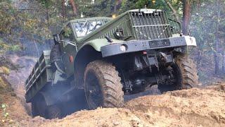 КрАЗ-214 kämpft sich durch Sandgrube 6x6 KrAZ 214 Offroad Nearly Stuck