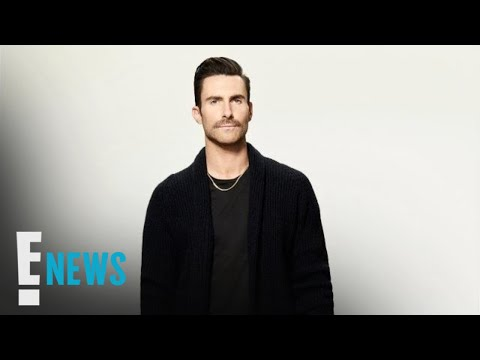 Adam Levine Fan Rushes Stage During Maroon 5 Concert | E! News Mp3
