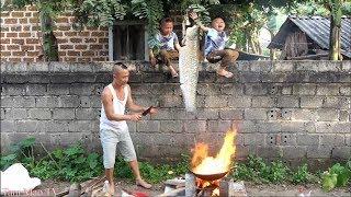 Cá Trắm Nấu Quả Me Chua - Mao Đệ Nấu Canh Giữa Đường Cho Người Yêu Ăn