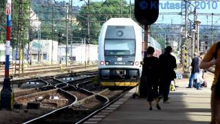 preview picture of video 'ČD 471.039 + 471.058 - Praha-Smíchov, 17.6.2010'