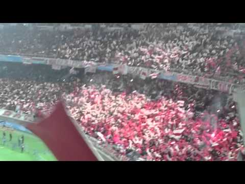 """Hinchada de River en el estadio del Yokohama Japon 20-12-2015"" Barra: Los Borrachos del Tablón • Club: River Plate • País: Argentina"