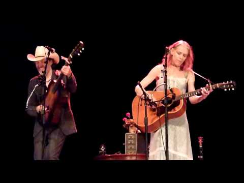 Look At Miss Ohio - Gillian Welch and Dave Rawlings - Enmore Theatre, Sydney 8-2-2016