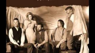 """Video thumbnail of """"Alison Krauss & Union Station - Dimming Of The Day"""""""