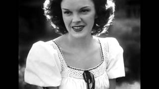 Judy Garland...Over The Rainbow (Rare V-Disc Version)