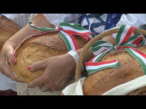 Kenyérszentelés a Mesterségek Ünnepén 2017 - video preview image