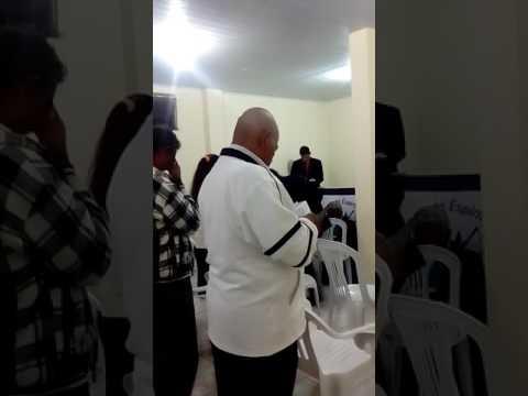 Igreja do Altamira do parana com a pastora cida(2)