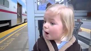 A child sees the train for the first time