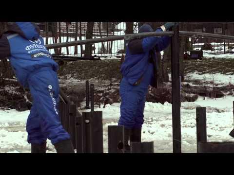 Строительство пирса зимой на винтовых сваях «Фундэкс»
