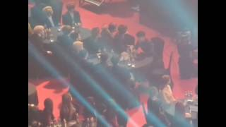 Gambar cover Baekhyun & V interaction @ 26th Seoul Music Awards 170119